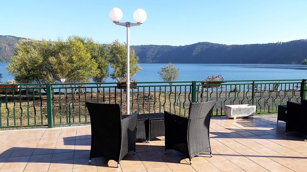 Terrazza Sul Lago Di Albano Pia M Vittoria S Flickr