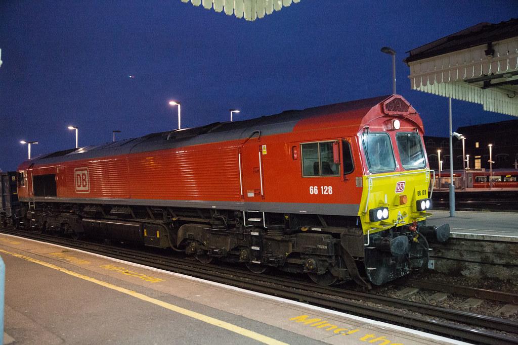 DB Cargo Class 66 - 66 128