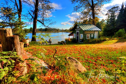 wisconsin starlake digital canon canon5ds 1740l canoneos usa midwest northernwisconsin northwoods vilascounty baitshop fall autumn fishing fredricksonsbaitshop starlakewisconsin vacant geotagged northamerica america unitedstates