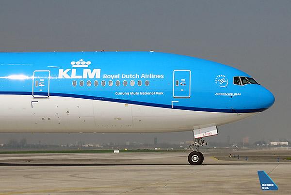 KLM B777-300ER PR-BVR (RD)
