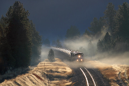 montanaraillink mrl emd sd70ace fog gaslocal gastrain pipeline thompsonfalls montana mrlfourthsub glint train railroad locomotive mt