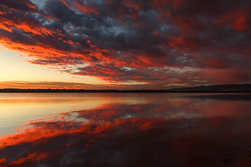 sunrise dawn daybreak sky clouds lake morning landscape reflections chatfieldstatepark lakechatfield colorado