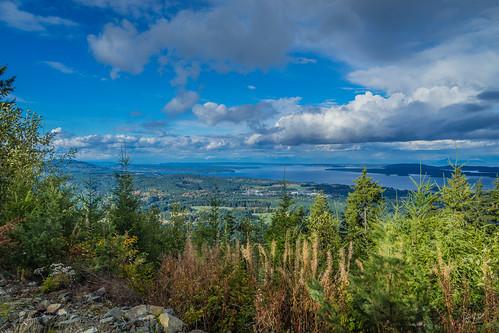 mtsicker crofton croftonbc northcowichen cowichan cowichanvalley mountian mountianview landscape landscapephotography bc britishcolumbia canada sony sonya7m2 a7m2 clouds cloud straitofgeorgia salishsea