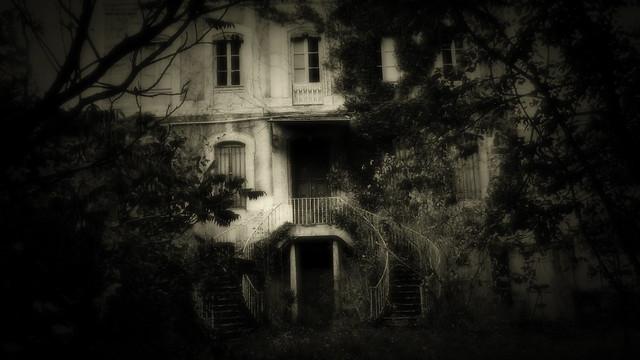 Sombres  Demeures