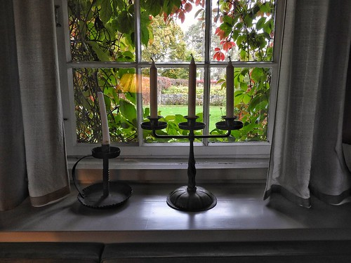 hvitträsk window candelabra candle kirkkonummi finland scenethroughthewindow nationalromanticstyle windowsill beautiful lovely fall leaves fallleaves creapers jugend curtains