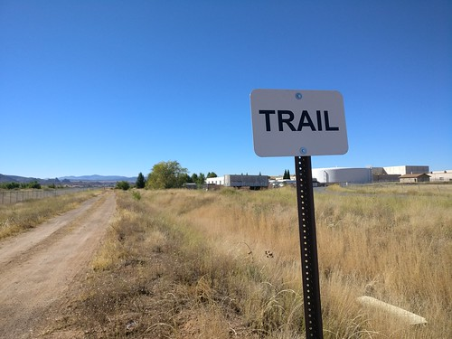 Trail Sign | by LunchboxLarry