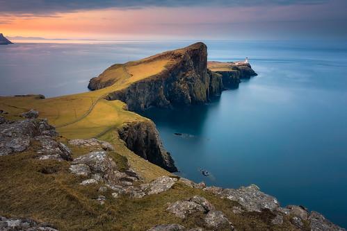 scotland skye uk neistpoint ocean rocks clouds sunrise grass unitedkingdom lucalibralato libralato canoneos5d4 canon1635 ndfilter gndfilter neutraldensity cpl circularpolarizer haida haidafilters