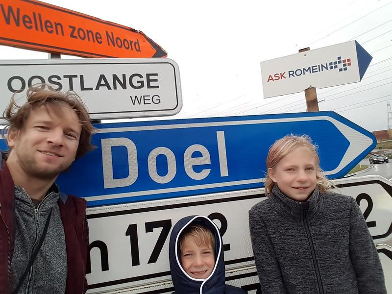 Поездка в заброшенную бельгийскую деревню Дул.