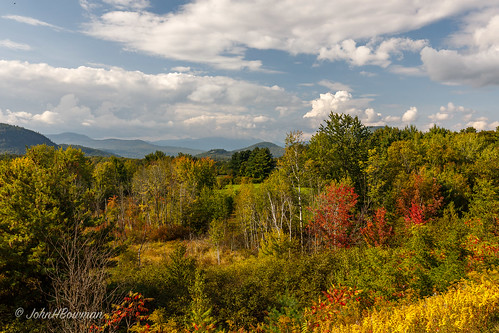 newengland newhampshire carrollcounty intervale fallcolor mountainviews blueskywhiteclouds greatskies september2017 september 2017 canon16354l