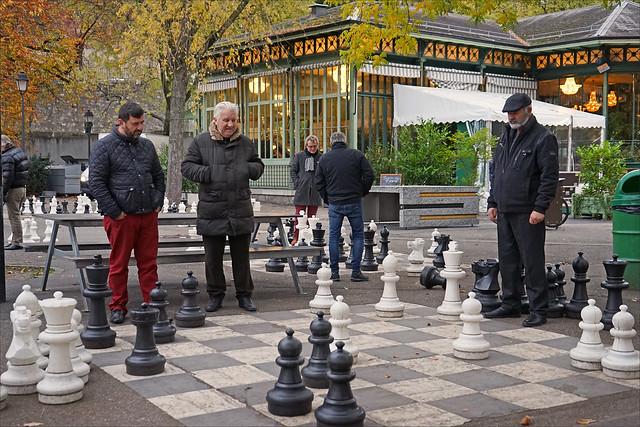 Les joueurs d'échec (Parc des bastions, Genève)