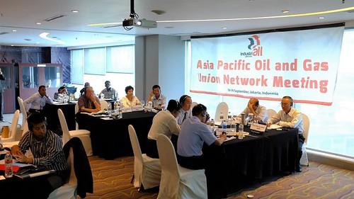 圖01.台灣石油工會代表團出席會議