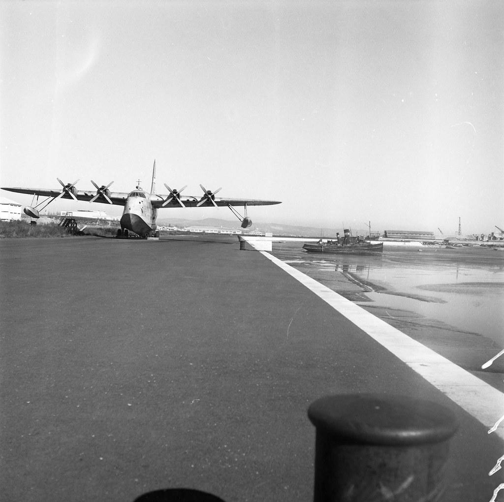 Aeroporto de Cabo Ruivo, Lisboa (A. Goulart, 1962)