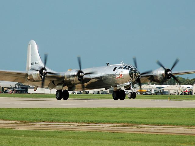 N69972 Boeing B-29 Superfortress (Doc)