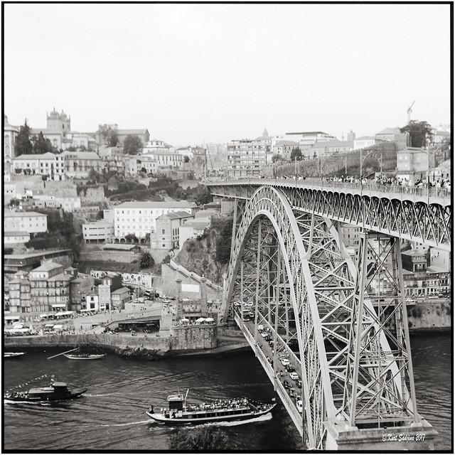 Ponte Dom Luis I_Rolleiflex 3.5B