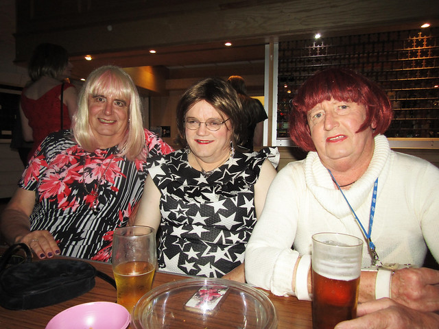 Catriona, Kay & Linda Totton, 19.10.17, 002