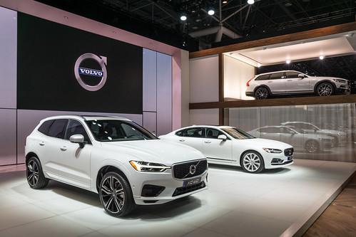2018 Volvo XC60 Photo