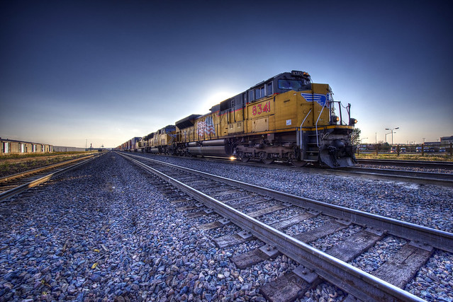 Train BNSF 8341 in Motion - Cheyenne - Wyoming - USA