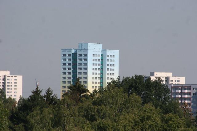 1979 Berlin-O. SUNRISE TOWER 61mH/18Et./144WE Punktwohnhochhaus der Wohnungsgenossenschaft Friedenshort Scheibenbergstraße 23 Quartier Geißenweide in 12685 Marzahn
