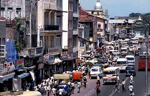 world travel reise viajes asia southasia srilanka ceylon colombo städte street streetlife stadtlandschaft city ciudades cityscape cityview traffic outdoor