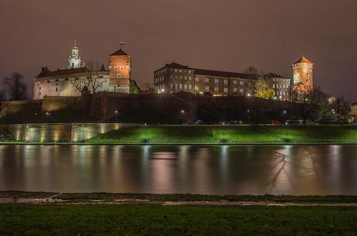 wawel castle fortress poland krakow travel view tokina 2470mm landscape city cityscape canon 6d river november autumn 2017 long exposure