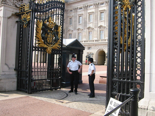 36 Buckingham Palace | by krollian