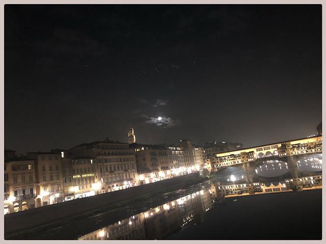 Firenze, la notte e la luna