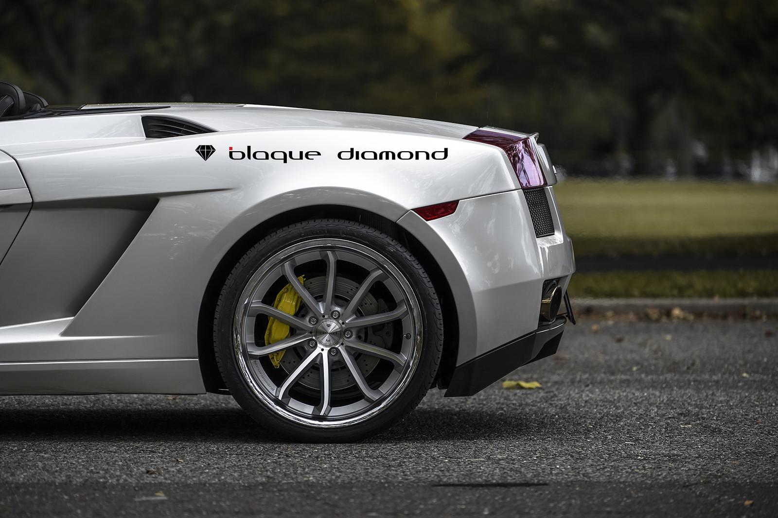 Lamborghini on Silver Silver w/Chrome SS Lip BD-23