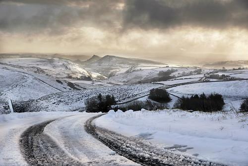 brandside derbyshire chrome hill buxton snow parkhouse