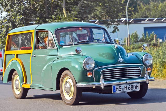 Morris Minor 1000 Traveller (7025)