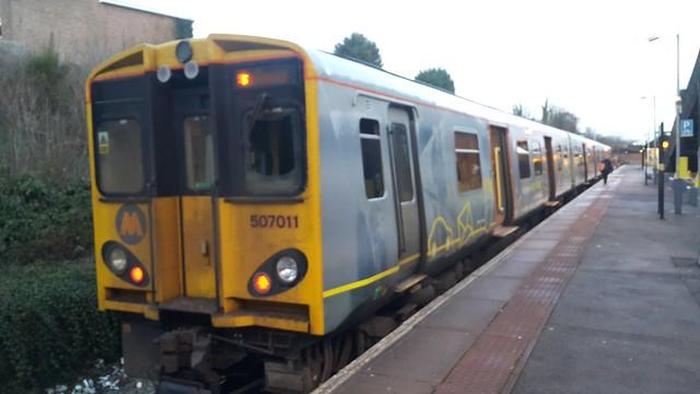 507011 - Hunts Cross - Merseyrail 13/12/17