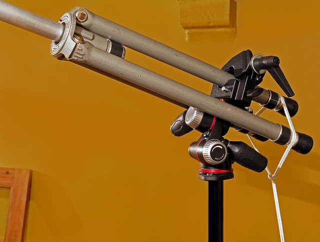 Setup to mount the camera three meter above the ground surface