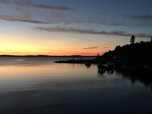 silence endoftheday labordayweekend lake horizon waterfront trees