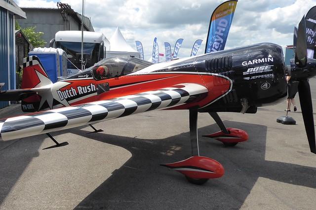 PH-SMX AeroExpo Wycombe Air Park 1 June 2017