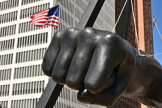 Joe Louis Monument - Statue of Giant Clenched Fist 02 - US Flag | by Amaury Laporte
