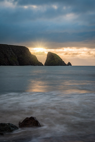 ballydowane ballydwan ireland copper coast sun rocks longexposure long exposure le nikon d800 nikond800 beach water adobe adobelightroom lightroom