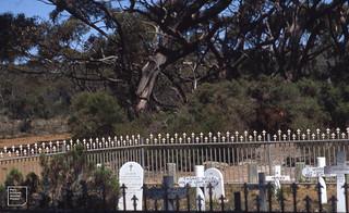 Harvey's Return Graveyard - lighthouse keeper and family, Kangaroo Island