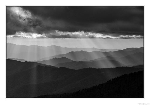 americansouth brysoncity canonef70200f4l canoneos5dmkiv carolinas clingmansdome cothronphotography dixie greatsmokymountainnationalpark johncothron nc northcarolina southatlanticstates southernregion swaincounty thesouth us usa unitedstatesofamerica autumn bw blackandwhite cloud clouds cloudyweather color eveninglight fall landscape lightrays monochrome mountain mountaintop nature outdoor outside scenic sky sun sunset img21688171025 ©johncothron2017 raysfromheaven