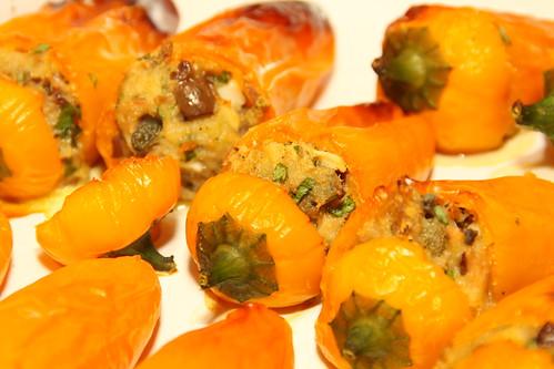 Peperoni ripieni di tonno... | by ellenbouckaert