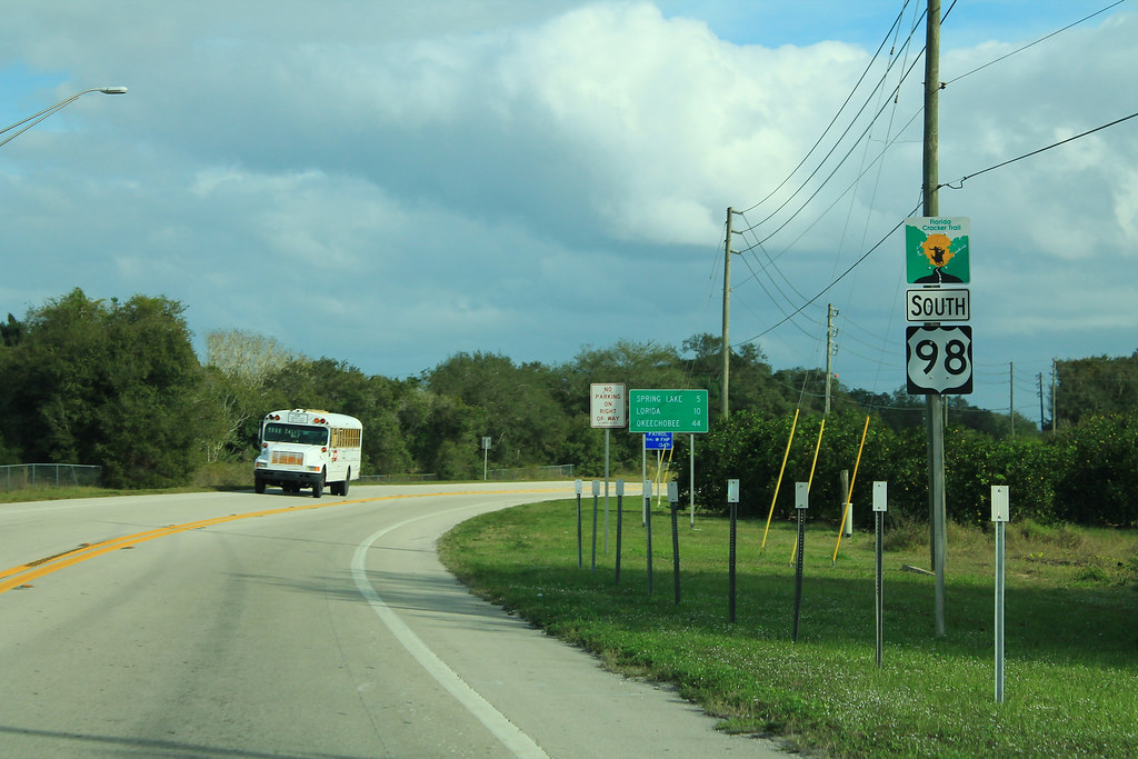 US98 South - Florida Cracker Trail Signs