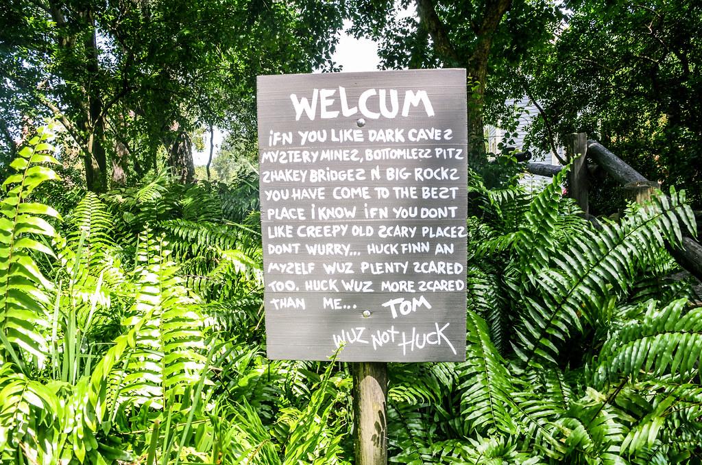 TSI Welcum sign MK