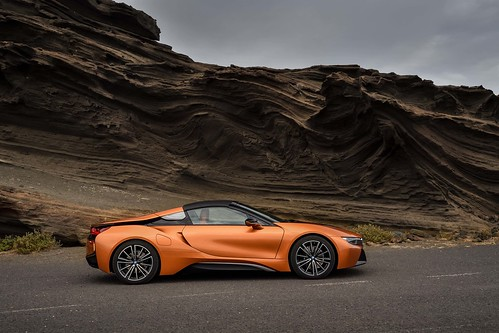 2019_BMW_i8_Roadster-13 Photo