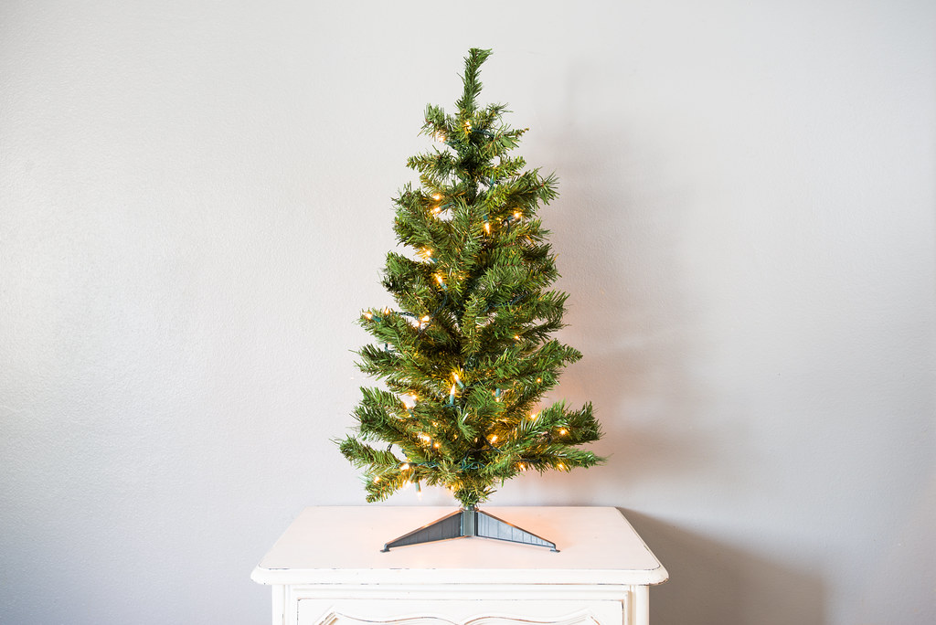 Artificial Christmas Tree With Lights.Small Artificial Christmas Tree With Lights Www Yourbestdi