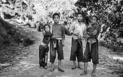 ©sébmar flickrcomsebmar 7portrait groupe enfant instasebas birmaniemyanmar noirblanc kengtung personne shan myanmarbirmanie mm
