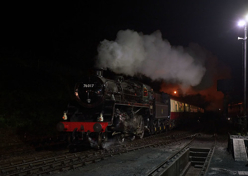 76017 arrives at Ropley | by Arle Images