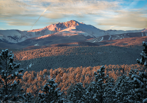 jamespeak parrypeak southernrockymountains snow sunrise frontrange colorado