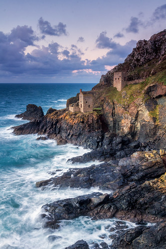 botallack mines cornwall seascape seascapes landscape landscapes landscapephotography landmark landmarks ocean water rock cliffs sky cloud clouds england greatbritain canon efs1585mmisusm eos100d eos