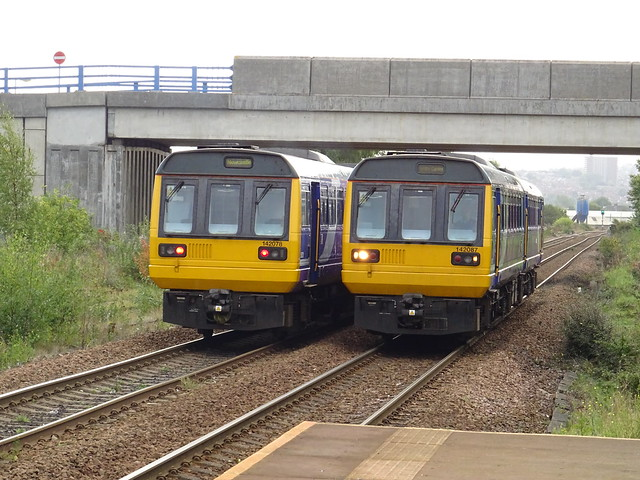 Northern 142078 & 142087 @ Metrocentre