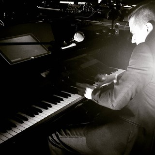 Matthew Lee at the piano #music #fun #samsunglive #samsungdistrict #samsungdistrictlive #milanomusicweek #piano #milAmo #rocknroll #blackandwhite #play #igers #igersitalia #igersmilano | by Mario De Carli