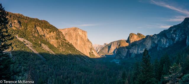 Yosemite panorama el capitan and half dome-