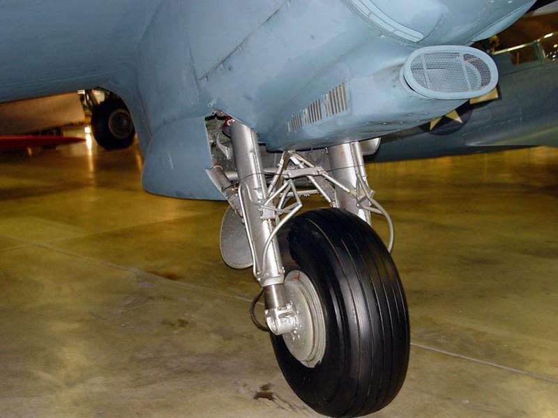 DeHavilland DH-98 Mosquito 5
